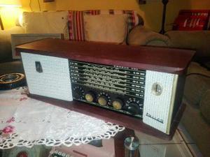 Antigua Radio Philco De Madera