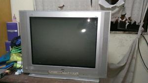 TELEVISOR JVC DE 25 PULGADAS OPERATIVO GUARDADO EN DEPOSITO