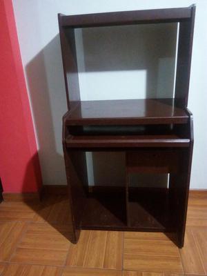 Vendo mueble de madera para computadora posot class for Mueble computadora