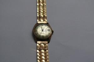 Vendo Hermoso Reloj Silvana A Cuerda Enchapado En Oro Suizo