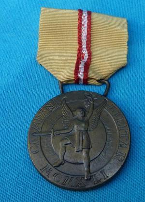 antigua medalla VENCEDOR por 25 aniversario, guerra peru