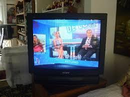 VENDO TV COLOR SONY DE 29 PULGADAS 330 SOLES