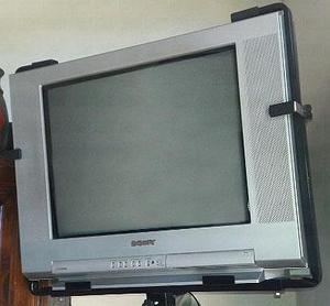 VENDO TV SONY TRINITRON