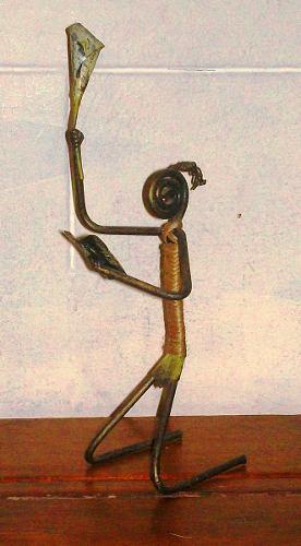 Figurillas Humanas De Metal Y Soguilla Portavelas