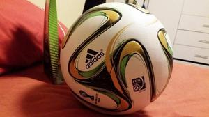 pelota futbol profesional mundial