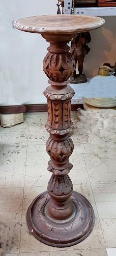 Pedestal De Madera Tallada Antiguo 2