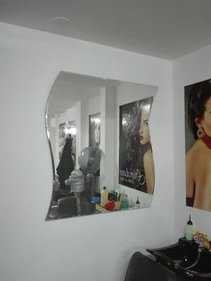 Remato muebles y accesorios para peluqueria posot class - Espejos de salon ...