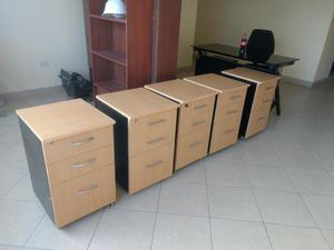 Muebles de oficina escritorios modelos lima posot class for Modelos de muebles para oficina
