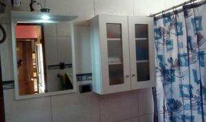 bao blanco proyecto espejo con luz y estante con puertas