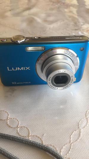 Camara Lumix Panasonic S/.115