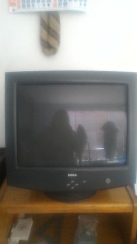 Venta De.monitor Marca Dell En Buen Estado Color Negro