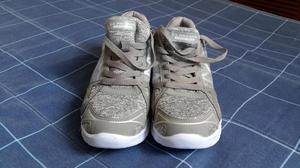 Zapatillas de mujer marca U.S Polo S.S.N