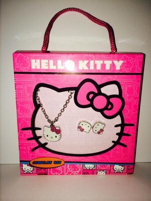 set de aretes y collar hello kitty original para niñas USA
