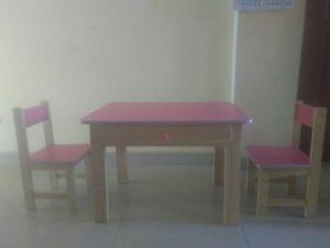 Mesa madera para inicial con 3 sillas posot class for Sillas para inicial