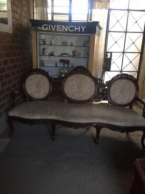 Muebles de sala luis xv posot class for Epoca muebles