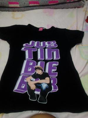 Polo de Justin Bieber