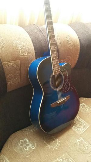 Vendo Guitarra en Ilo