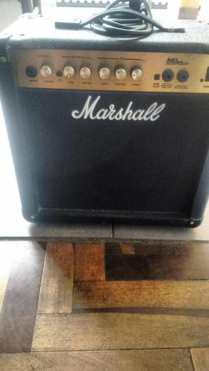 AMPLIFICADOR MARSHALL MG 15 CD