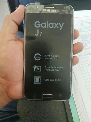 Samsung Galaxy J7 Semi Nuevo, Libre de F
