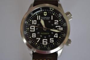 Reloj Victorinox / Swiss Made / Automatic