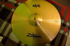 Ride Zildjian Zbt 20'' 0 uso
