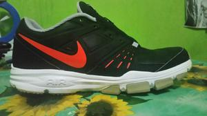 Zapatilla Nike Talla 43