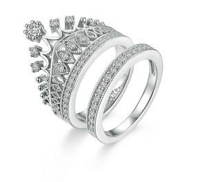 Hermosos anillos de corona fantasia fina, super lindo trendy