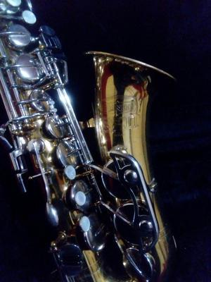 Saxofón Alto Selmer Bundy Ii