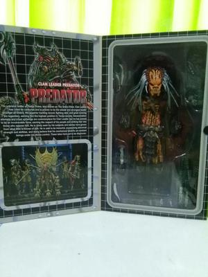 Juguete Predator Leader neca 270 Soles