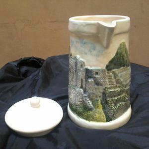 Jarra Ceramica de Cuzco en Alto Relieve