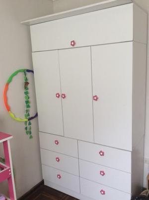 Ropero/ Closet de Niña en Melamina 18Mm