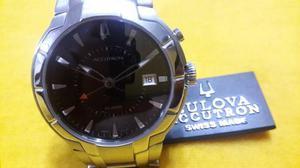 Reloj Bulova-accutron 26b34 Dial Negro De Alarma Fecha