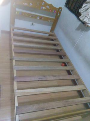 Cama plaza y media de madera capirona posot class for Cama de una plaza precio