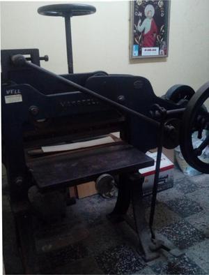 Vendo Guillotina para cortar papel para Imprentas