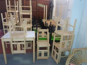 vendo mesas y sillas para negocio