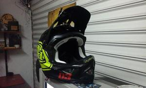 Casco Troy Lee D3 Downhill /motocross