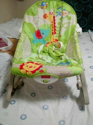 Silla mecedora para bebes marca fisher price posot class for Silla mecedora fisher price