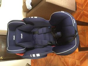 Silla de auto para bebé marca Infanti