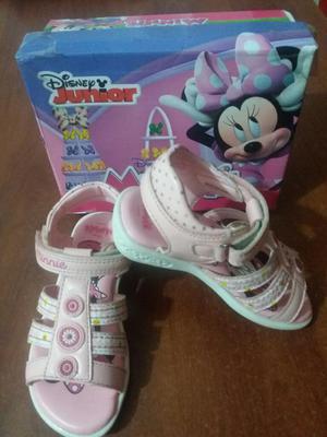 Vendo Sandalias de Niña de Minnie Mouse