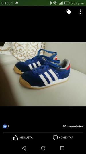 Vendo Zapatillas Adidas Talla 30