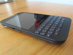 Vendo Blackberry Q5 LIBRE DE TODO OPERADOR