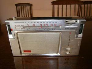 Antigua Radio A Transistores