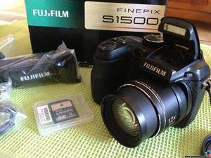 Camara fotografica semi profesional Fujifilm s
