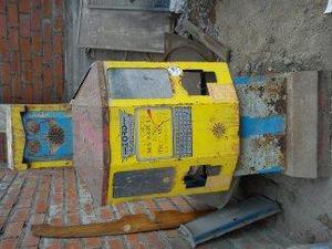 robot antiguo dispensador