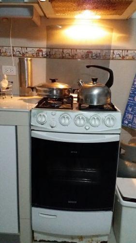 Cocina de 4 hornillas electricas posot class for Cocina 06 hornillas