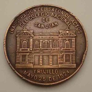 Medalla  Colegio San Juan De Trujillo Leguia Heudebert