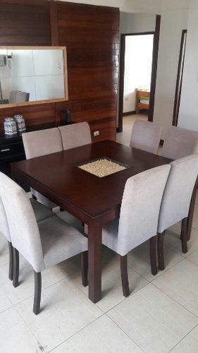 Mesa de comedor 8 sillas talladas pura caoba posot class for Sillas comedor acolchadas