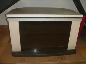 Mueble para TV en buen estado a S/. 100 Soles