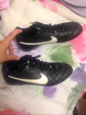 Zapatillas Chimpunes Nike Talla 35 Niño