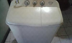 lavadora marca LG en buen estado